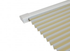 Select White 2.7M Bifold doors White trim Blinds in Cream