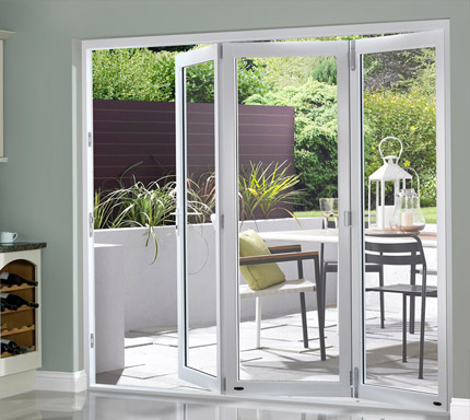 OpenVu Select White bi-fold door